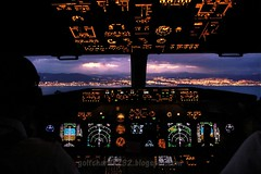 6 nm final - B737NG from the jumpseat (gc232) Tags: life sunset sea night view flight over cockpit landing deck final airline boeing coming runway malaga pilot 737 autoland 737ng jumpseat