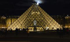 .Pyramide du Louvre |1