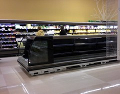 One dairy display unit left to go (l_dawg2000) Tags: food retail mississippi supermarket ms produce grocery remodel meats 90s schnucks kroger albertsons 2000s remodeled hornlake labelscar seessels retailconversion krogerremodel