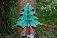 Francesco Guarnieri - Fir Tree (Modular Origami) (Fold In Progress) Tags: origami firtree francescoguarnieri