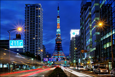 Tokyo Tower With Traffic (Stefan Bock) Tags: city night lights tokyo traffic citylights tokyotower hdr tokio tokiotower mygearandme mygearandmepremium mygearandmebronze mygearandmesilver