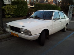 1978 Chrysler Simca 1307 GLS (Skitmeister) Tags: auto holland classic netherlands car vintage automobile voiture oldtimer chrysler talbot niederlande simca solara classique klassiker pkw  klassieker  carspot skitmeister flickrandroidapp:filter=none 90rjrh