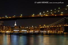 2014-03-21 2014-03-25 New York289.jpg (ISABELLE VERONESE) Tags: usa newyork manhattan brooklynbridge soir nuit buiding manahattanbridge amérique etatsunis pontdebrooklyn pontdemanhattan