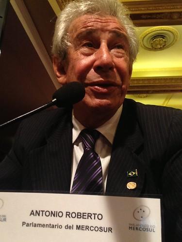 Deputado Federal Antônio Roberto, durante a Conferência do  Parlamento do Mercosul