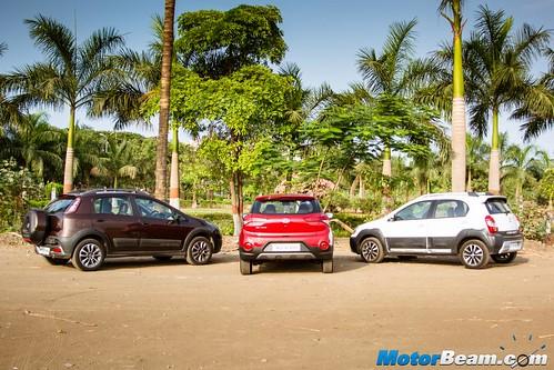 Hyundai-i20-Active-vs-Fiat-Avventura-vs-Toyota-Etios-Cross-07