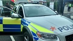 A Hertfordshire ARV (slinkierbus268) Tags: arv armedresponseunit hertfordshirepolice