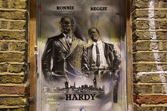 Tom Hardy as Ronnie and Reggie Kray by Paul Don Smith in Shoredtich, London (Ian Press Photography) Tags: graffiti street art streetart artist london shoreditch paul don smith tom hardy ronnie reggie kray by krays