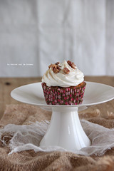 minicakes022 (la cerise sur le gteau) Tags: food cooking cake photography baking patisserie cupcake pastry muffin pecan carrotcake topping gteau