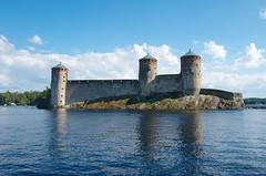 Olavinlinna (Riku Kettunen) Tags: summer lake suomi finland lago verano fin finlandia savonlinna olavinlinna jrvi saimaa stolafscastle kesa castillodesanolaf