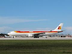 Iberia ~ Airbus A330-302 ~ EC-LUK (jb tuohy) Tags: plane airplane airport miami aircraft aviation flight jet aeroplane mia airbus a330 iberia g11 widebody a333 2013 kmia jbtuohy ecluk