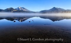 Sparks Lake 2013_0391_92 (chasingthelight10) Tags: sky mist snow mountains nature fog oregon sunrise photography dawn landscapes events lakes places vistas sunrises brokentop southsister cascaderange sparkslake cascadeloophighway