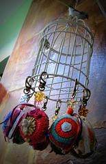Bazar na Varanda  Edio Primavera (Joana Joaninha) Tags: minasgerais belohorizonte gaiola croch joanajoaninha joanajoninha