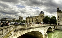 France - Un jour à Paris (Vol 4)