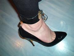 IM006418 (grandmacaon) Tags: highheels lowcut hautstalons lowcutshoes
