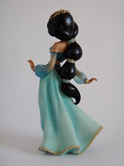 Jasmine Couture de Force Figurine by Enesco - First Look - Full Right Rear View (drj1828) Tags: us princess jasmine aladdin figurine purchase disneystore firstlook 8inch enesco 2013 couturedeforce
