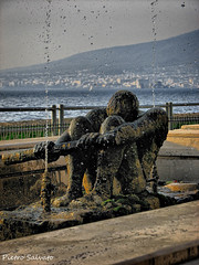 Rowing (HDR) (PietroEsse) Tags: fountain rowing hdr castellammaredistabia canonpowershots3is