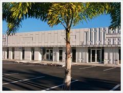 Sarasota v.3 (John Lamont1) Tags: leica digilux2 sarasota florida urbanlandscape urbantopology