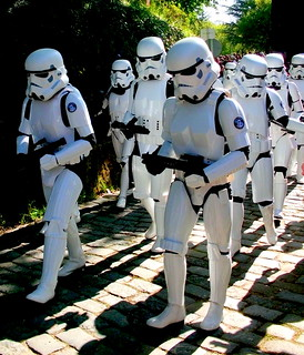From http://www.flickr.com/photos/15528381@N02/8839702078/: Desfile 2013 Imperial .Storm. Troopers