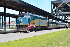 VIA Rail (Larry the Lens) Tags: viarail via lrc lrcpaintschemes ottawastation myfaves