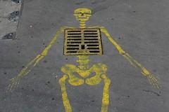 Giaco_9000 rue Dombasle Paris 15 (meuh1246) Tags: streetart paris crne paris15 squelette ruedombasle giaco