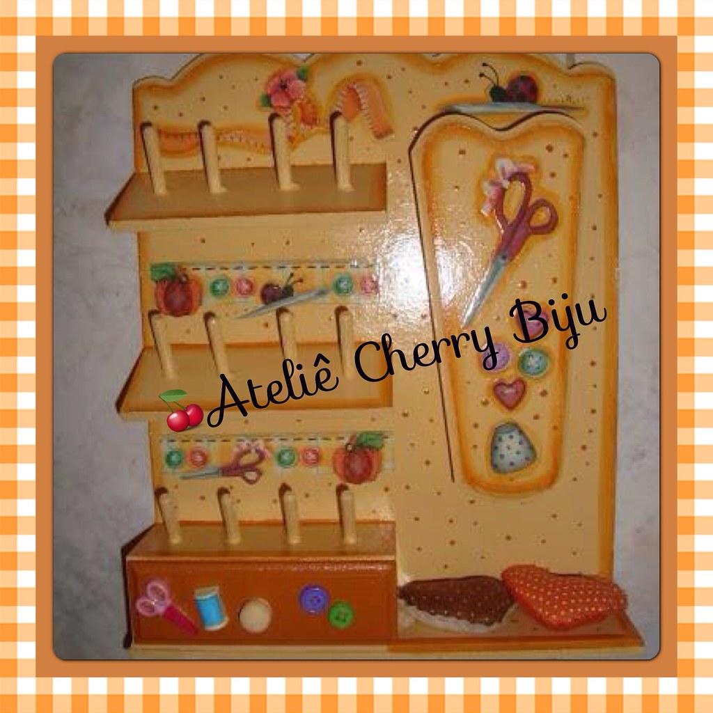 Biju (ateliecherrybiju) Tags: artesanato biscuit reciclagem madeira  #C46D07 1024x1024