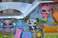 Petshop 2221, 2224, 2225 (Girly Toys) Tags: petshop pets pet animaux figurine figurines chat cat dog chien bird oiseau tigre tiger ours bear panda cheval horse hasbro collection 2221 2224 2225 missliliedolly miss lilie dolly aurelmistinguette girly toys collectible girlytoys