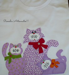 I love cats (romelia.artesanatos) Tags: patchwork camiseta gatinhos patchaplique