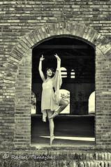 Nuria-2978 (RAFATZ) Tags: ballet naked book model reus baixcamp desnudo modelofemenina modelfemale rafatz rafaeltamajon escoladansanuriadiez carrerdelamaremolasreus dansaclasica loscastillejostarragona cuartelesabandonados nuriadiez