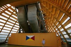 Oceana's funnels, inside indoor court area (ChrisBrookesPhotography.co.uk) Tags: cruise sports court boat ship cruising photograph po funnels southampton oceana pando e325