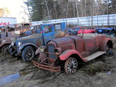 1925 Chrysler Roadster, 1924-26 Essex Coach (splattergraphics) Tags: coach junkyard chrysler mopar essex 1925 roadster 1924 freeportme 1926 salvageyard davesjunkyard