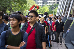 Afternoon Queues |  (francisling) Tags: comic fiesta g sony centre e malaysia convention kuala lumpur pz  oss  nex  2013 5n 18105mm   cf2013 selp18105g