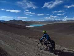 Climbing above Laguna Celeste, on the road to Pissis