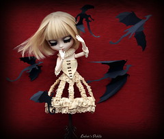 Dragons (pure_embers) Tags: life uk dahlia black mannequin stain girl beautiful dark paper eyes doll dolls tea secret gothic dragons haunted creepy hidden story haunting pullip pure immortal rosalind eternal embers obitsu hipandclavicle pureembers pulliprosalind embersdahlia