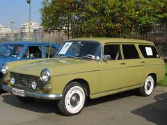 Peugeot 404 L Familiale 1969 (RL GNZLZ) Tags: wagon break 404 peugeot stationwagon pininfarina estatewagon peugeot404 404l 404familiale