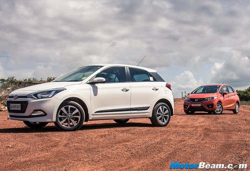 2015-Honda-Jazz-vs-Hyundai-Elite-i20-19