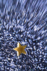 Shooting Star (C*E*A*H) Tags: blue light macro glitter lensbaby paper gold star bokeh composer