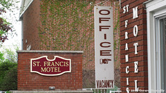 St. Francis Motel (Gerard Donnelly) Tags: sign motel saratogasprings enseigne