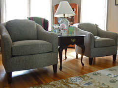 Smith Brothers 942 chairs (Brian's Furniture) Tags: grey cozy high chairs brothers good quality pair smith fabric pairs looks berne solid 942 325614