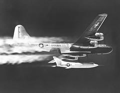 Anglų lietuvių žodynas. Žodis turbo-jet reiškia turbo jet lietuviškai.