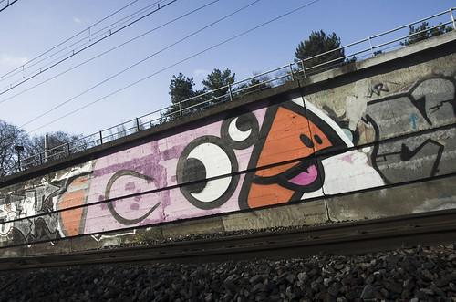street city france color art wall paint lyon tag letters caps graph peinture graff bombe lettres rhone urbex