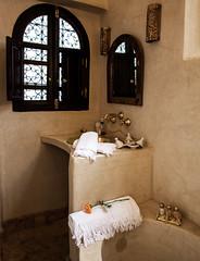 Riad Houdou - La Suite (Benjamin Gillet) Tags: de bathroom la morocco maroc marrakech bain medina suite chambre salle riad the mdina houdou