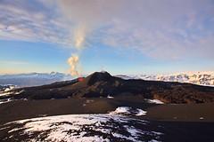 Eruption site overview (fredrikholm.se) Tags: island volcano iceland islandia eruption 2010 magni fimmvruhls eyjafjallajkull eyjafjallajokull fimmvorduhals