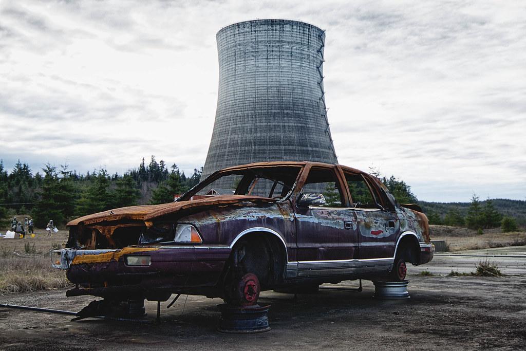 441f28fb7932 Feeling Burnt Out (explored) (QuikSink) Tags  blue shadow orange usa car
