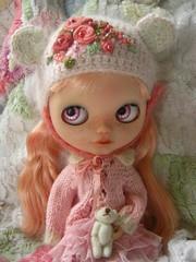 IMG_9916...Beautiful Zuzu in her lovely hat