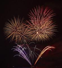 UAE National Day Fireworks (parvezgulshah) Tags: sparkles dubai december day fireworks united uae 2nd emirates national arab abu dhabi 42nd uaenationalday vision:sunset=0531 vision:text=0517 vision:outdoor=0779 vision:sky=0624 vision:dark=0552