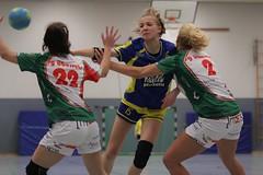 "VL2F Handball SG Überruhr 2. Frauen vs. NHC 1. Frauen 08.02.2014 063 • <a style=""font-size:0.8em;"" href=""http://www.flickr.com/photos/64442770@N03/12393252725/"" target=""_blank"">View on Flickr</a>"