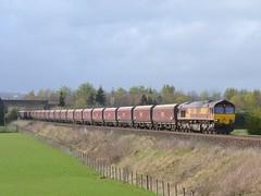 66050 4J08 Longannet - Hunterston 09-04-2014 (alasdair37114) Tags: stirling coal dbs bannockburn class66 ews 66050 dbschenker 4j08