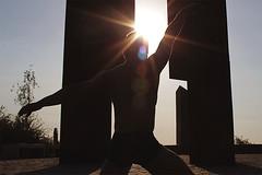 [ IMG_6615 ] (cpobleteolguin) Tags: light boy sunset portrait man male guy luz contraluz back outdoor body retrato espalda ocaso hombre cuerpo