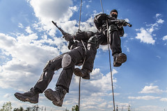 assault rappeling (zabielin) Tags: urban infantry soldier army war uniform gun counter military rifle fast police rope assault special fries cop terrorism hanging operations law enforcement vest russian spec insertion officer patrol operator rappelling swat gi weapons nato forces ops policeman commando extraction unit spie firearms descending roping warfare bulletproof cqb alpinist fastroping spetsnaz