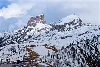 Cinque Torri viewed from the north, Dolomites, Italy